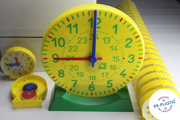 Komplet satova za podučavanje, 24 učenička i jedan učiteljski sat