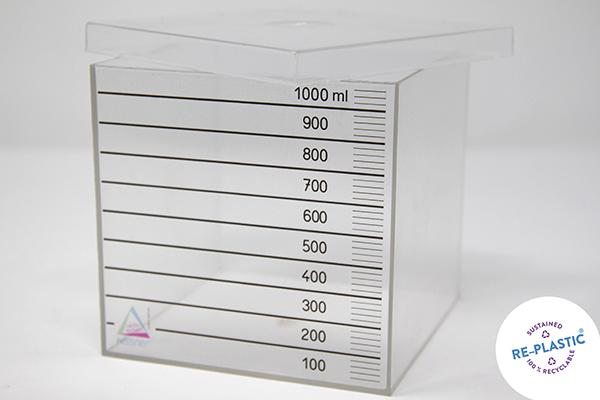Kutija kapaciteta 1L s poklopcem