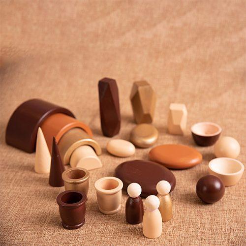 EY11126 Kolekcija drvenih predmeta - Smeđa boja