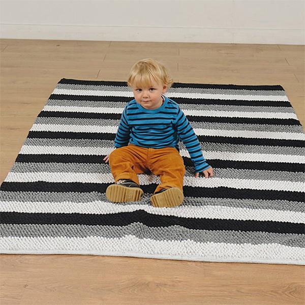 FU05689 Crno-bijeli meki tepih
