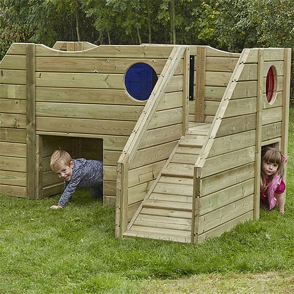 FU06874 Drvena kućica/poligon za djecu