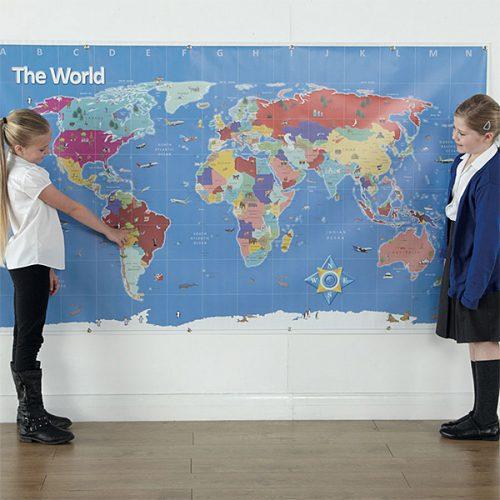 GE00769 Bee-Bot Karta svijeta (Zatvoreni prostor - Srednja)