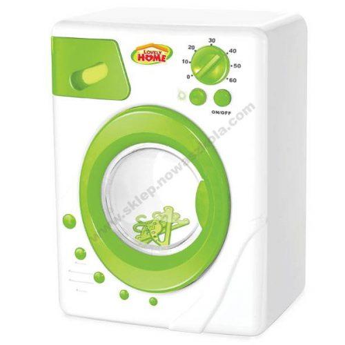 TU0045 Igra uloge pranja rublja igračkom perilice rublja