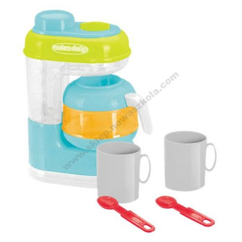 TU0046 Igra uloge pripreme kave s aparatom za kavu i šalicama